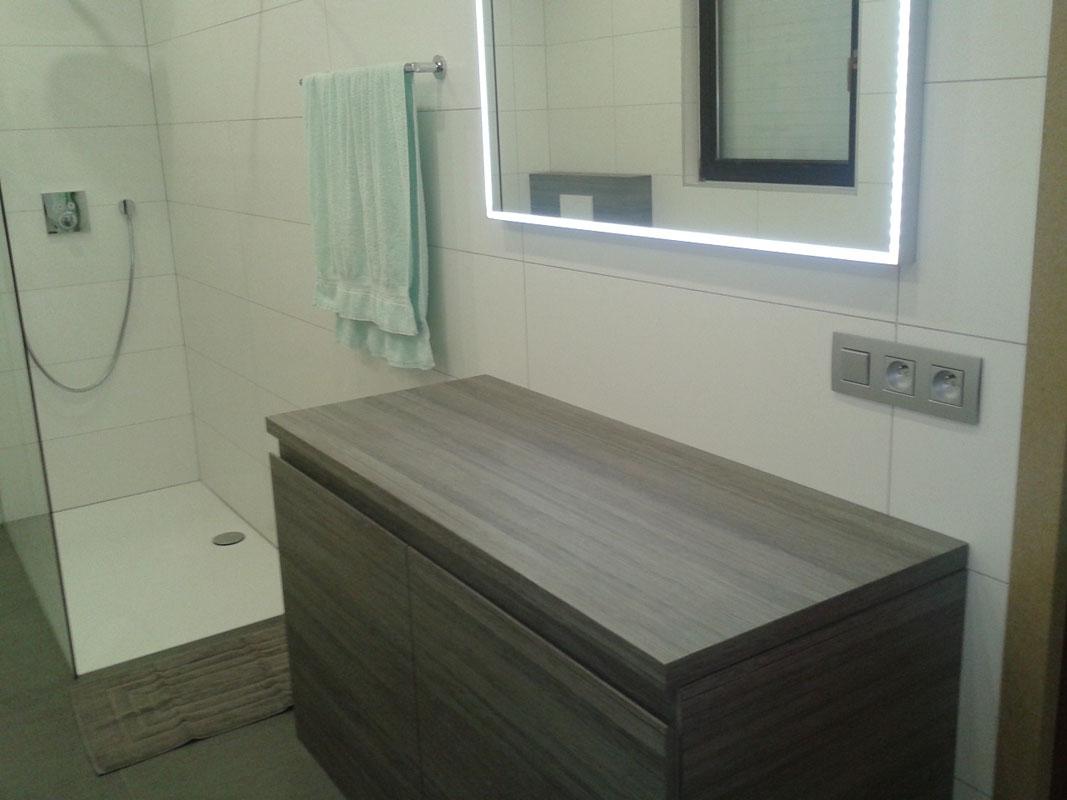 Complete Nieuwe Badkamer : Keukens op maat fl interieur evergem